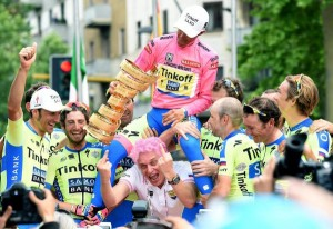 Giro2015TinkovDeditos