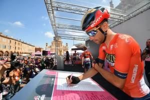 Giro2019 Brazo Control de Firmas