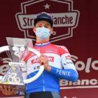 Otra carrera de Alaphilippe-Van Aert-Van der Poel